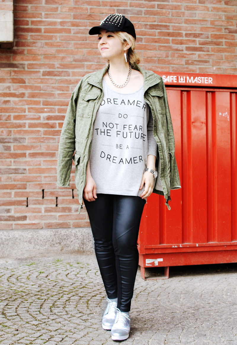 fashion-blog-outfit-parka-print-romantic-urban