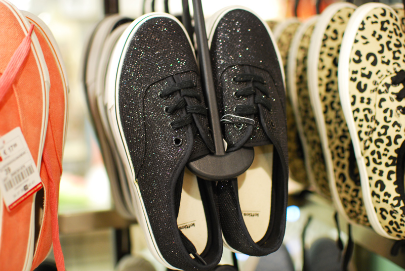 lefties-shopping-shoes-schuhe-glitter-barcelona