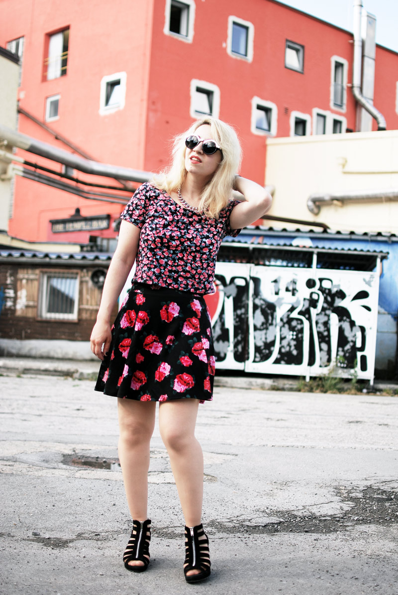 look-ootd-floral-fashion-blogger-pattern-mix