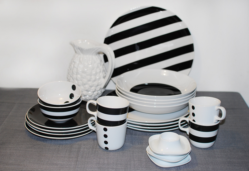 dishes-geschirr-table-deko-decoration-interior-living-monochrom-home