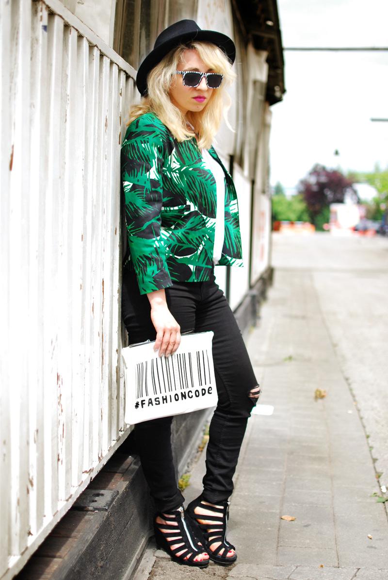 palmen-print-palm-blazer-zara-sale-distressed-denim-edgy-outfit-blogger-fashion6