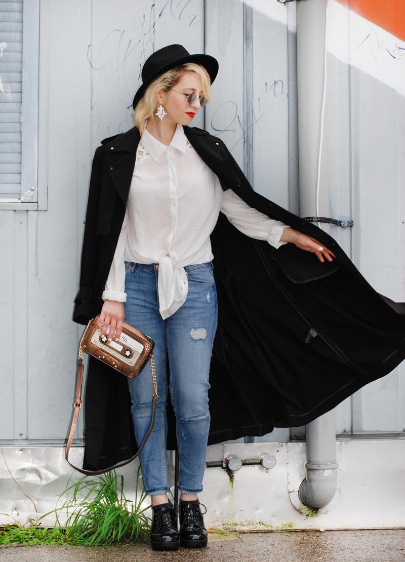 basics-denim-classic-trenchcoat-monochrom-ootd-fashionblogger-2