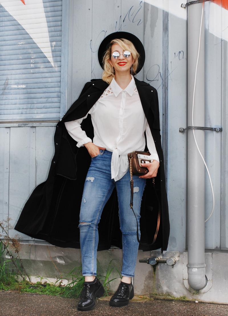 basics-denim-classic-trenchcoat-monochrom-ootd-fashionblogger-3