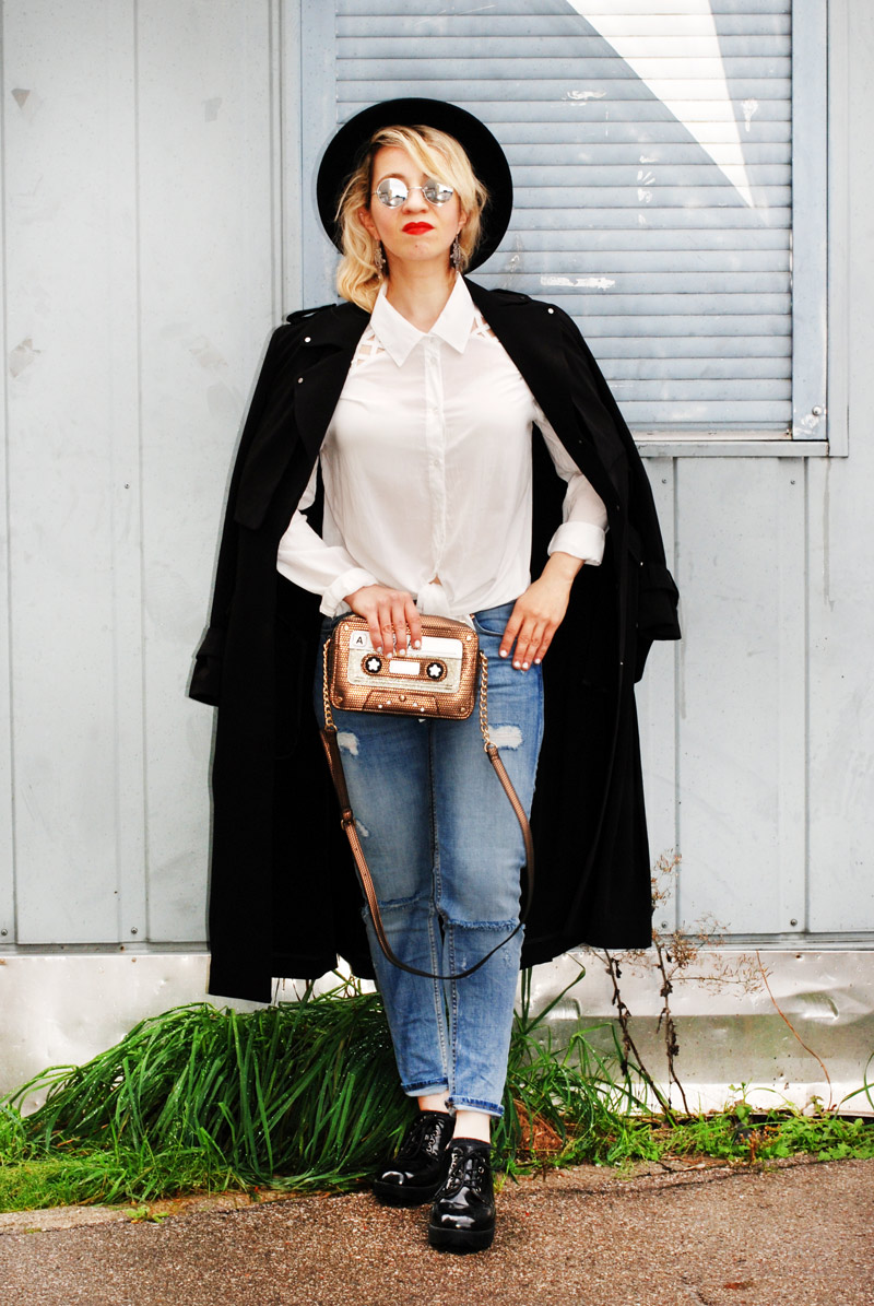 basics-denim-classic-trenchcoat-monochrom-ootd-fashionblogger