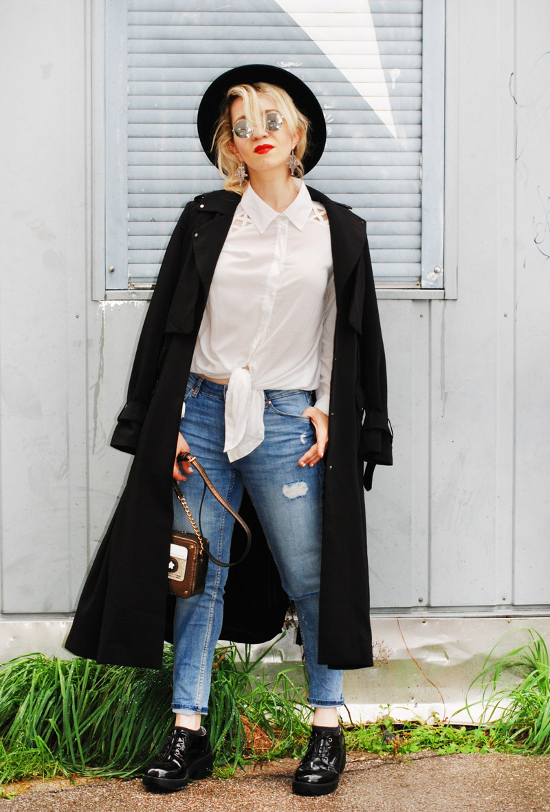 basics-monochrom-denim-trenchcoat-fashionblogger