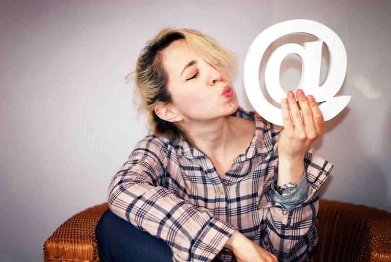 blogger-blog-internet-schreiben-journalismus-emoji-smiley-feuiletton-columne-muenchen