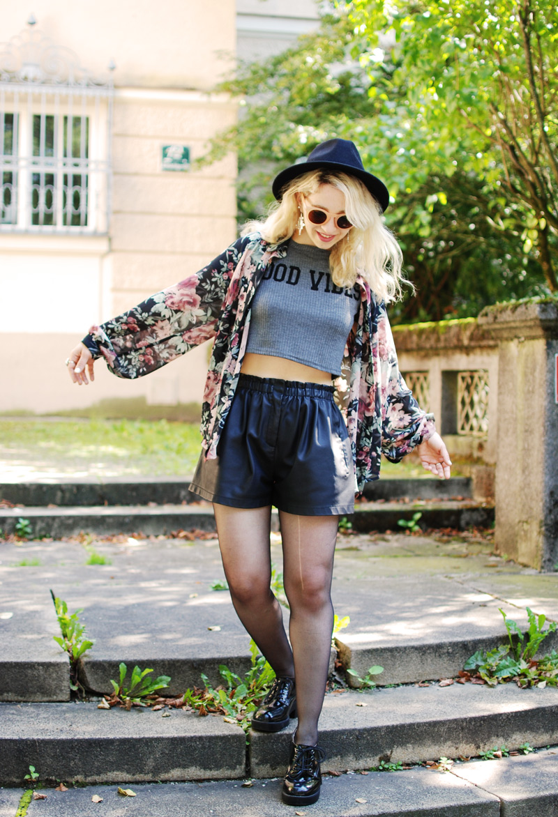 boho-floral-kimono-chiffon-leather-shorts-crop-top-zara-fashionblogger-nachgesternistvormorgen-2