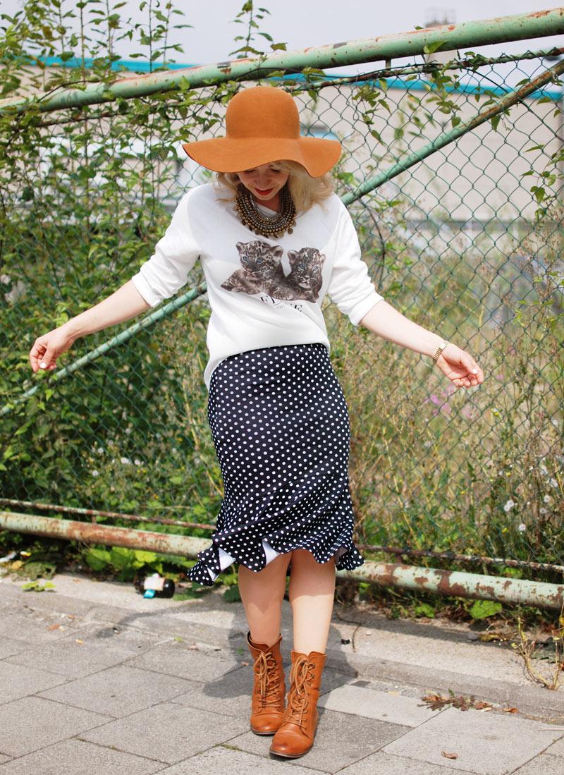 gepunkteter-rock-polka-dots-skirt-cognac-hat-schlapphut-celine-fashion-blogger-muc-nachgesternistvormorgen-4