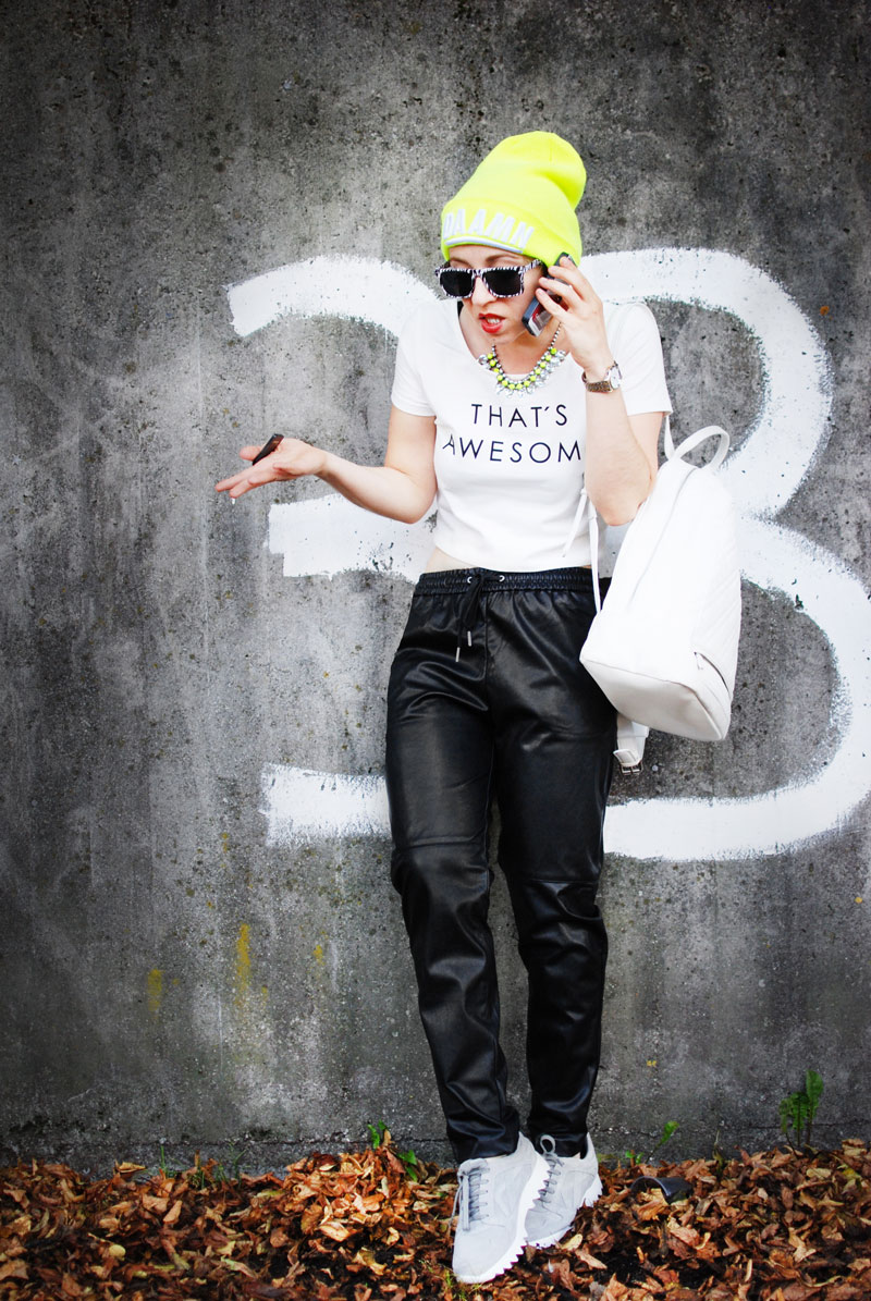 leather-jogging-pants-jogginghose-leder-beanie-neon-sporty-trend-fashion-blogger-nachgesternistvormorgen-3
