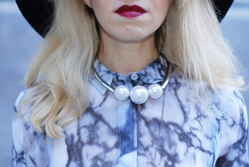 necklace-fashionblog-blogger-inspiration-style-dark-lipstick-dior