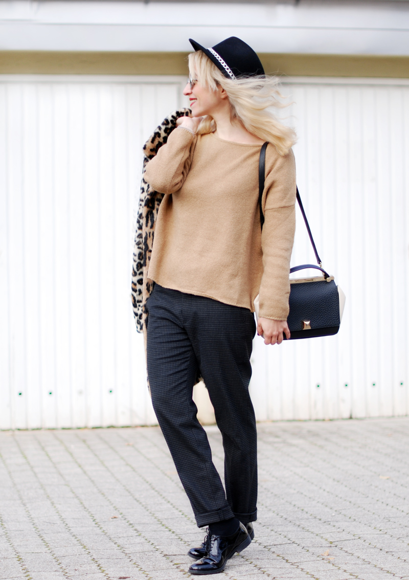 leo-coat-camel-sweater-zara-trend-winter
