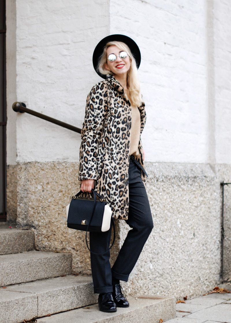leopard-coat-leo-print-winter-outfit-blogger-fashion-inspiration-muenchen-munich-5