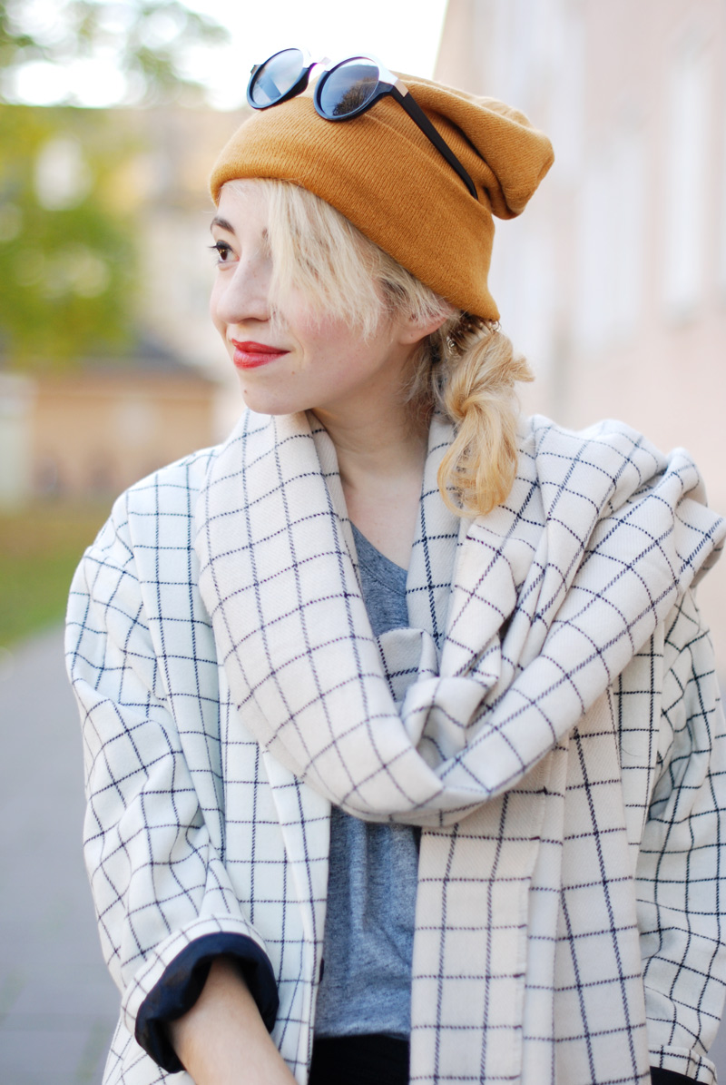 monki-style-checked-coat-karo-mantel-winter-trend-monochrom-outfit-inspiration-blogger-11