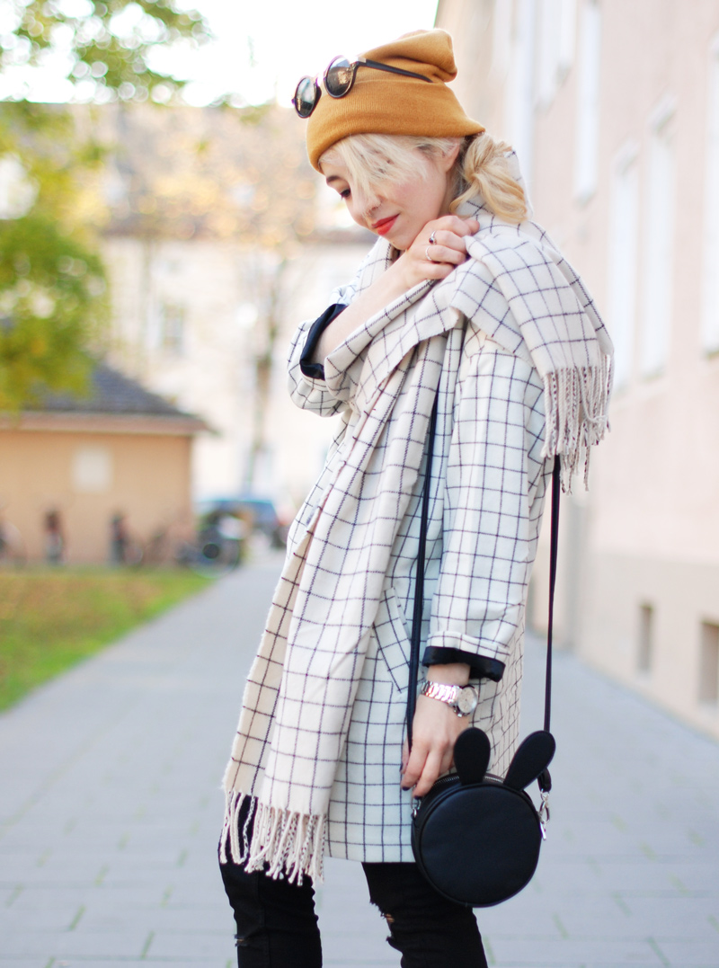 monki-style-checked-coat-karo-mantel-winter-trend-monochrom-outfit-inspiration-blogger-44
