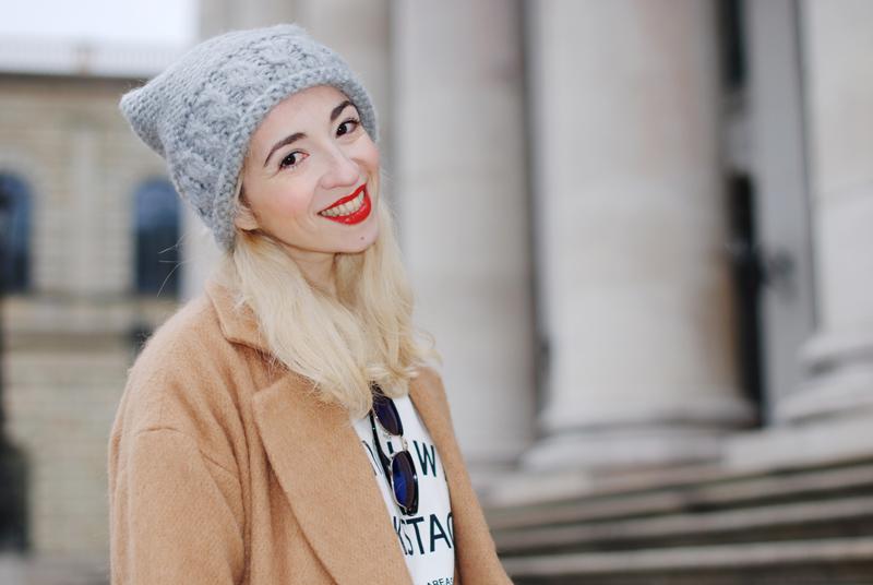 portrait-camel-kamelmantel-coat-mantel-blogger-fashion-inspiration-outfit-muenchen-munich-nachgesternistvormorgen-2