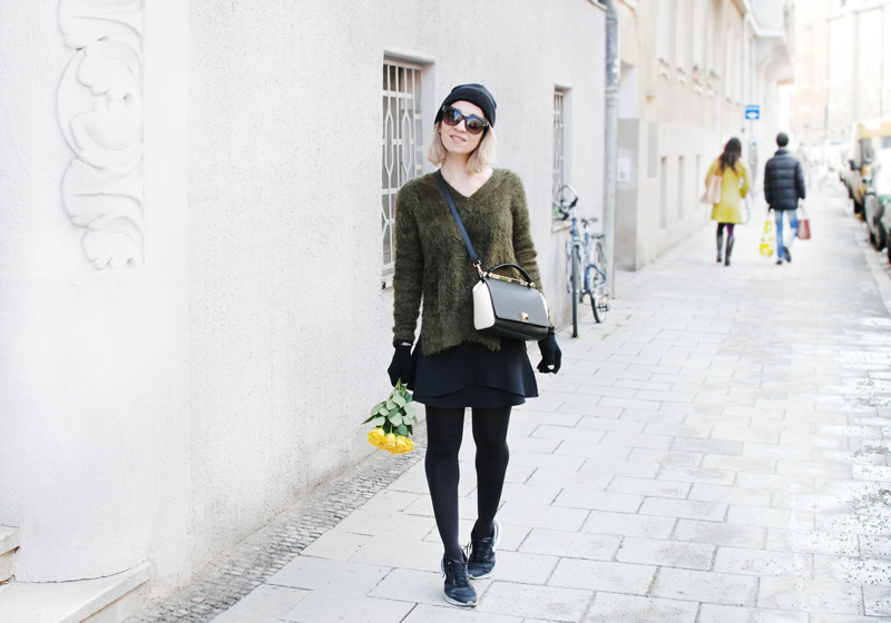 fluffy-knit-olive-green-outfit-fashion-blogger-muenchen-inspiration-winter-quer