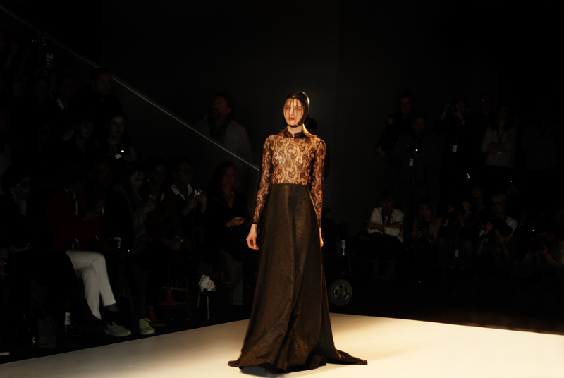 irene_luft_mbfwb-fashionweek-berlin-lace-spitze-designer-fashionshow-runway-laufsteg-kollektion