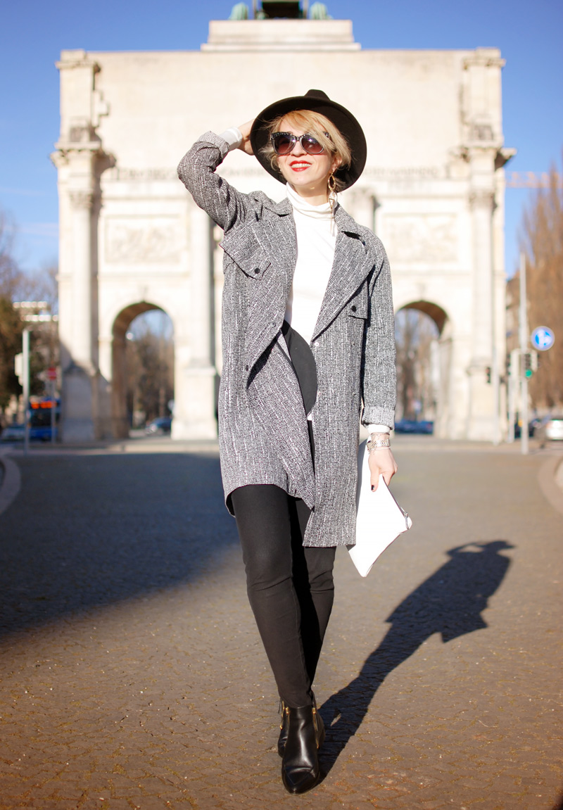 siegesbogen-muenchen-outfit-monochrom-trench-coat-topshop-11