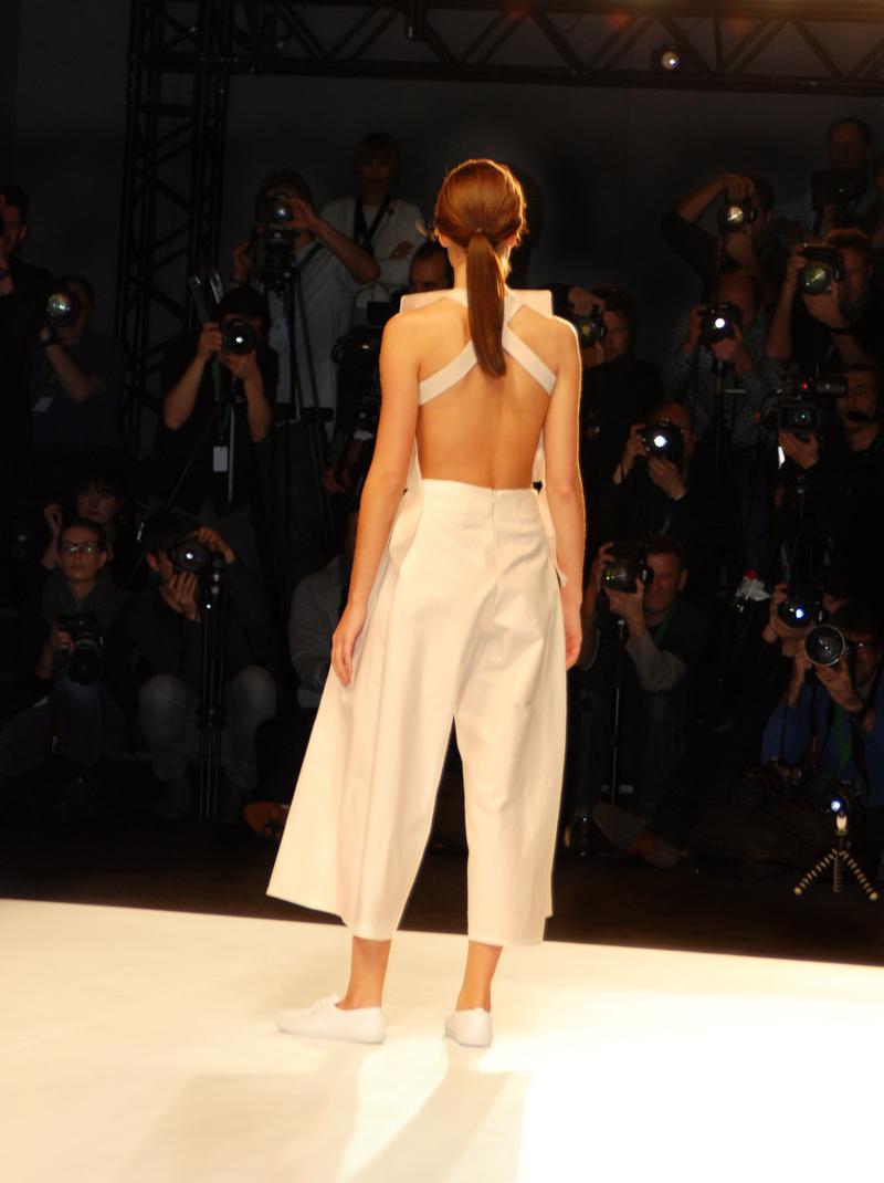 studio30-mbfwb-fashionweek-berlin-nude-clean-designer-fashionshow-runway-laufsteg-kollektion-2