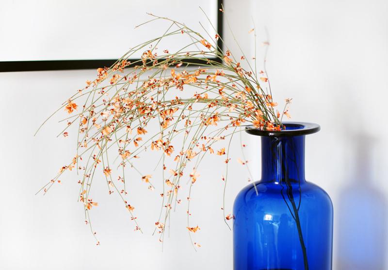 interior-blumen-vase-einrichtung