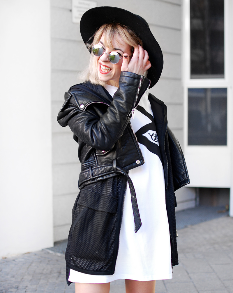 monochrome-outfit-shirtkleid-silver-shoes-blogger-fashion-nah