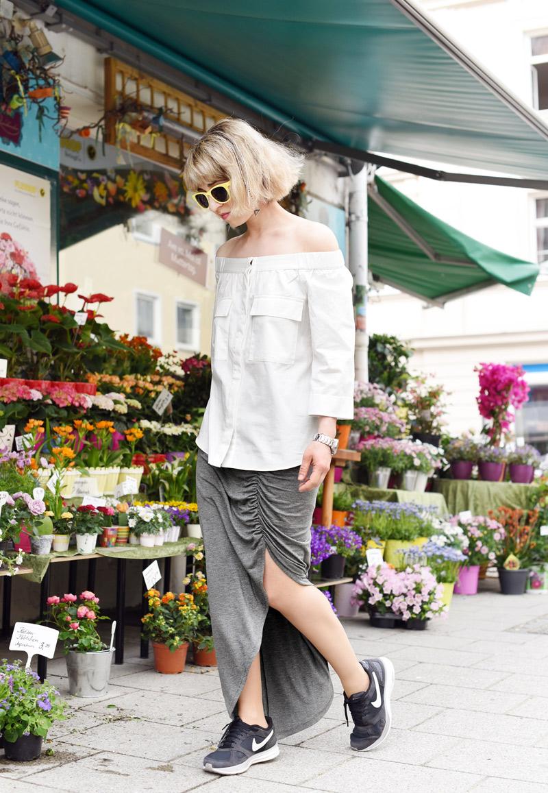 offshoulder-blouse-trend-maxiskirt-outfit-fashionblogger-munich-5