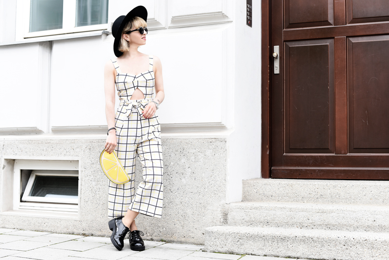 quer-grid-overall-asos-outfit-fashionblogger-streetstyle-summer-nachgesternistvormorgen