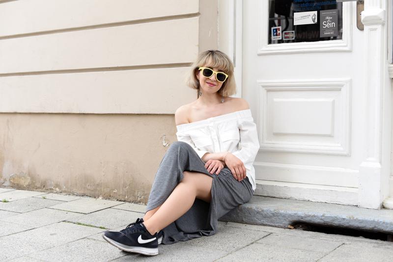 sitzen-offshoulder-blouse-trend-maxiskirt-outfit-fashionblogger-munich-2