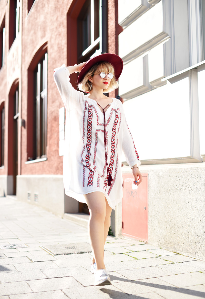summer-folklore-dress-fashionblogger-nachgesternistvormorgen-3