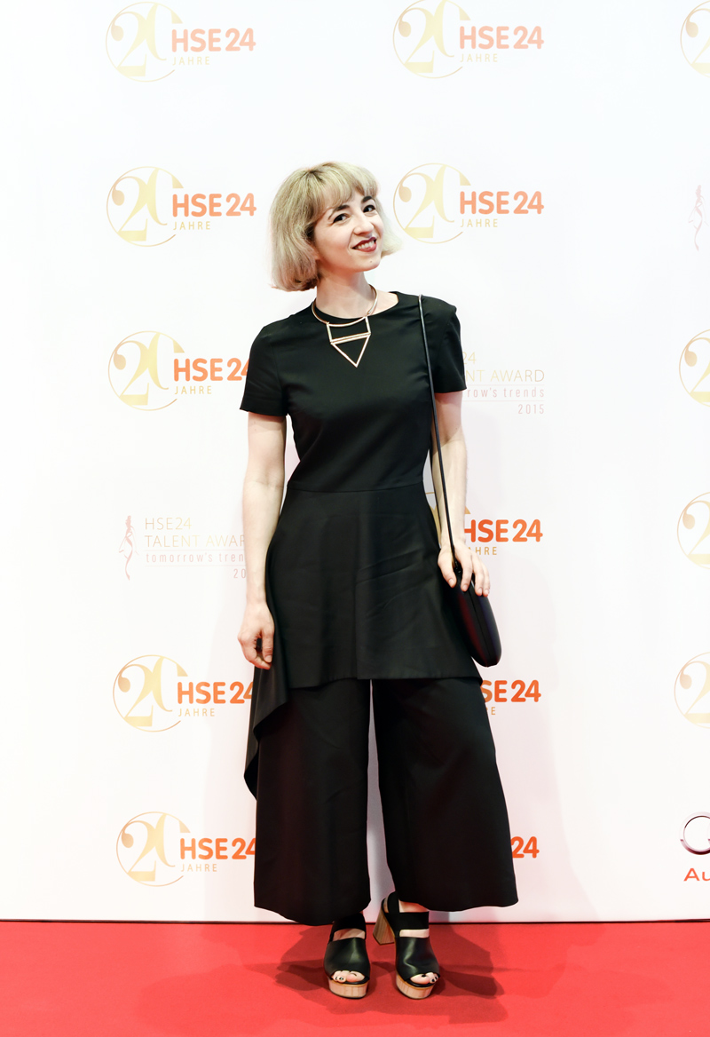 HSE24-TalentAward-Redcarpet-event-gala-blogger-fashion-jumpsuit-schoesschen-peplum-cos-11