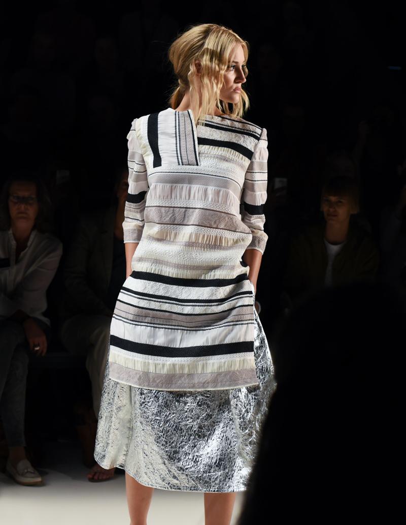 barre-noire-mbfw-fashionweek-fashion-mode-modeblogger-berlin-muenchen-nachgesternistvormorgen-laufsteg-model-fashionshow-runway-trend