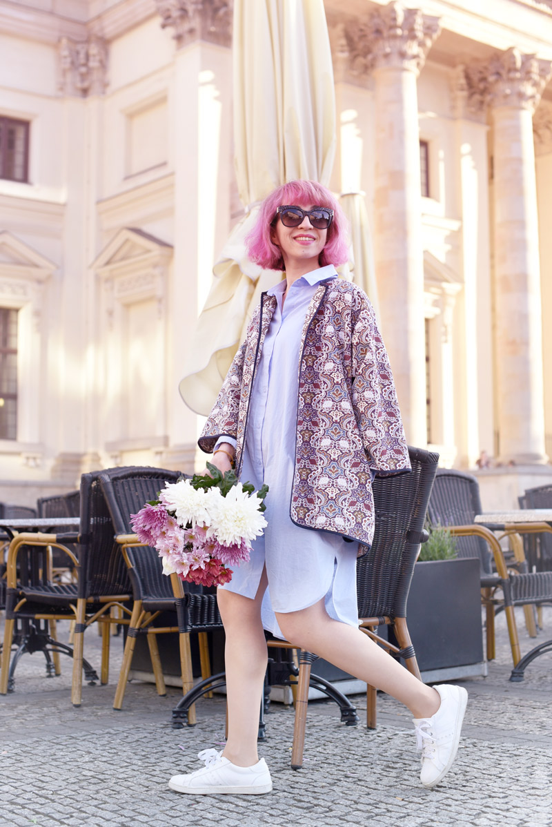 outfit-blogger-pinke-haare-pinkhair-nachgesternistvormorgen-muenchen-modeblogger-mbfwb-look-streetstyle-blouse-blusenkleid-6