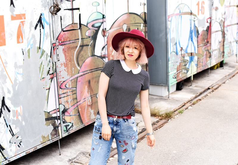 fashionblogger-modeblogger-graffiti-jeans-munich-muenchen
