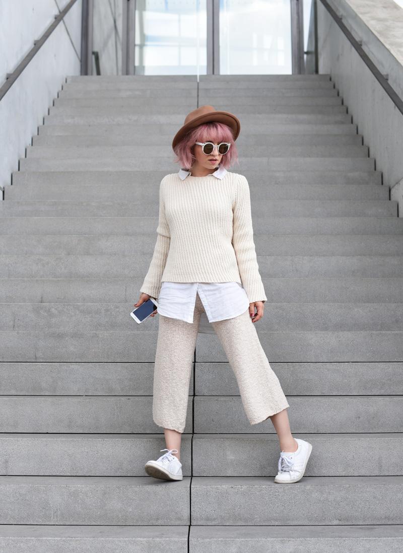 outfit-ootd-knit-strick-culotte-trend-nachgesternistvormormorgen-fashionblog-modeblogger-munich-muenchen-layering-creme-beige-trend-herbst-22