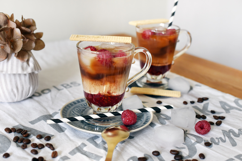 recipe-rezept-sommer-cold-drink-eiskaffee-himbeeren-raspberries-iced-coffee-11