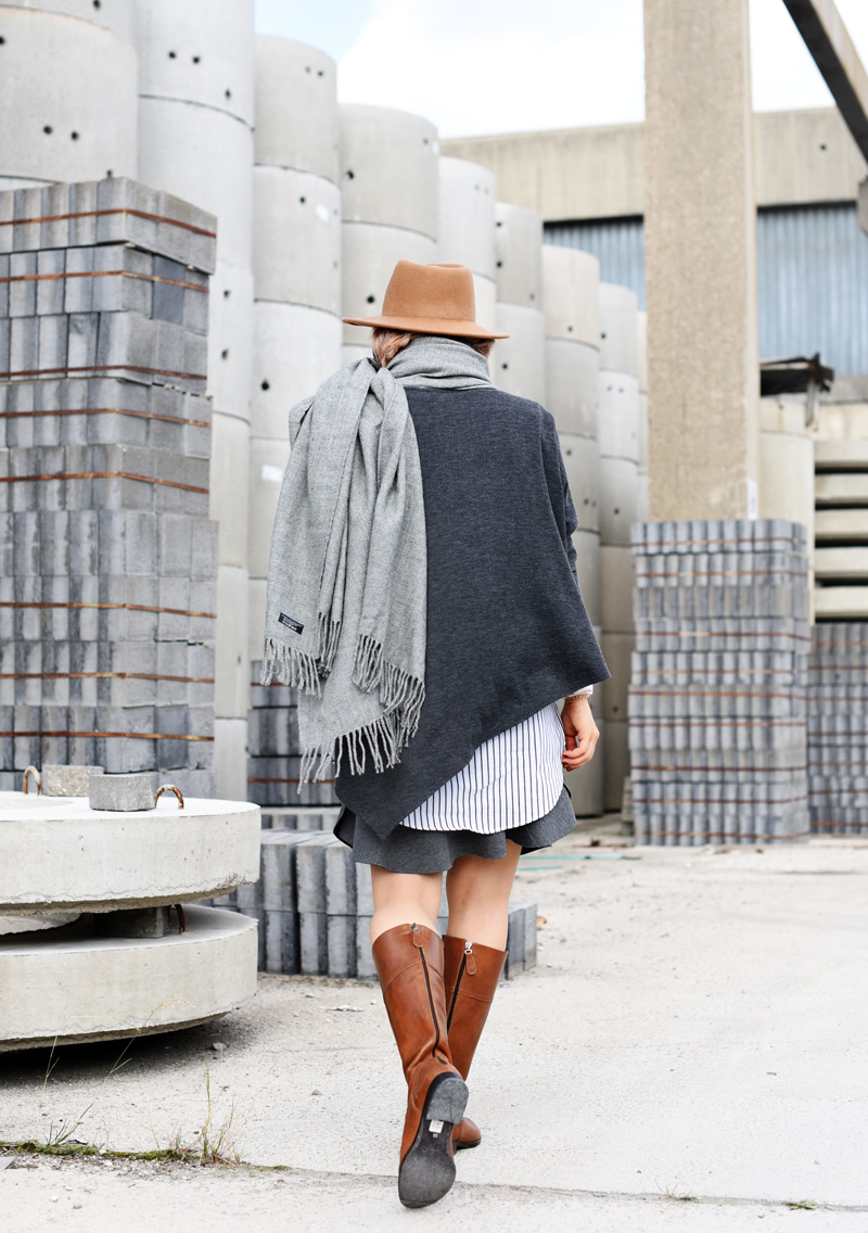 back-shades-of-grey-peplum-skirt-fall-trend-outfit-streetstyle-fashionblogger-nachgesternistvormorgen-style-back-to-school