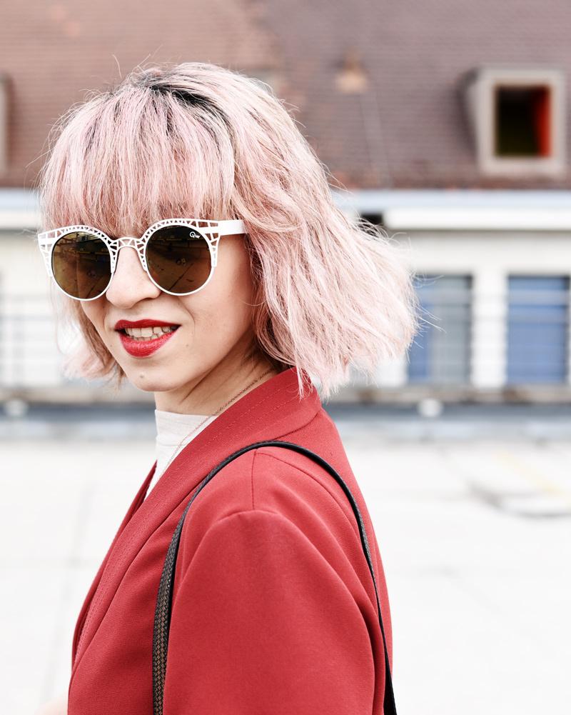 portrait-kimono-jacket-pinkhair-cassette-bag-clutch-outfit-fashionblogger-nachgesternistvormorgen-muenchen-2