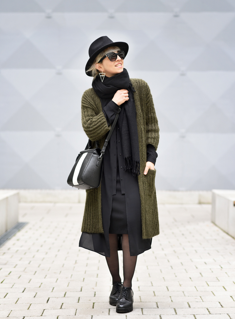 outfit-herbst-look-fall-trend-knit-strick-coat-mantel-olive-green-military-gruen-hallhuber-fashionblogger-modeblog-muenchen-nachgesternistvormorgen-33