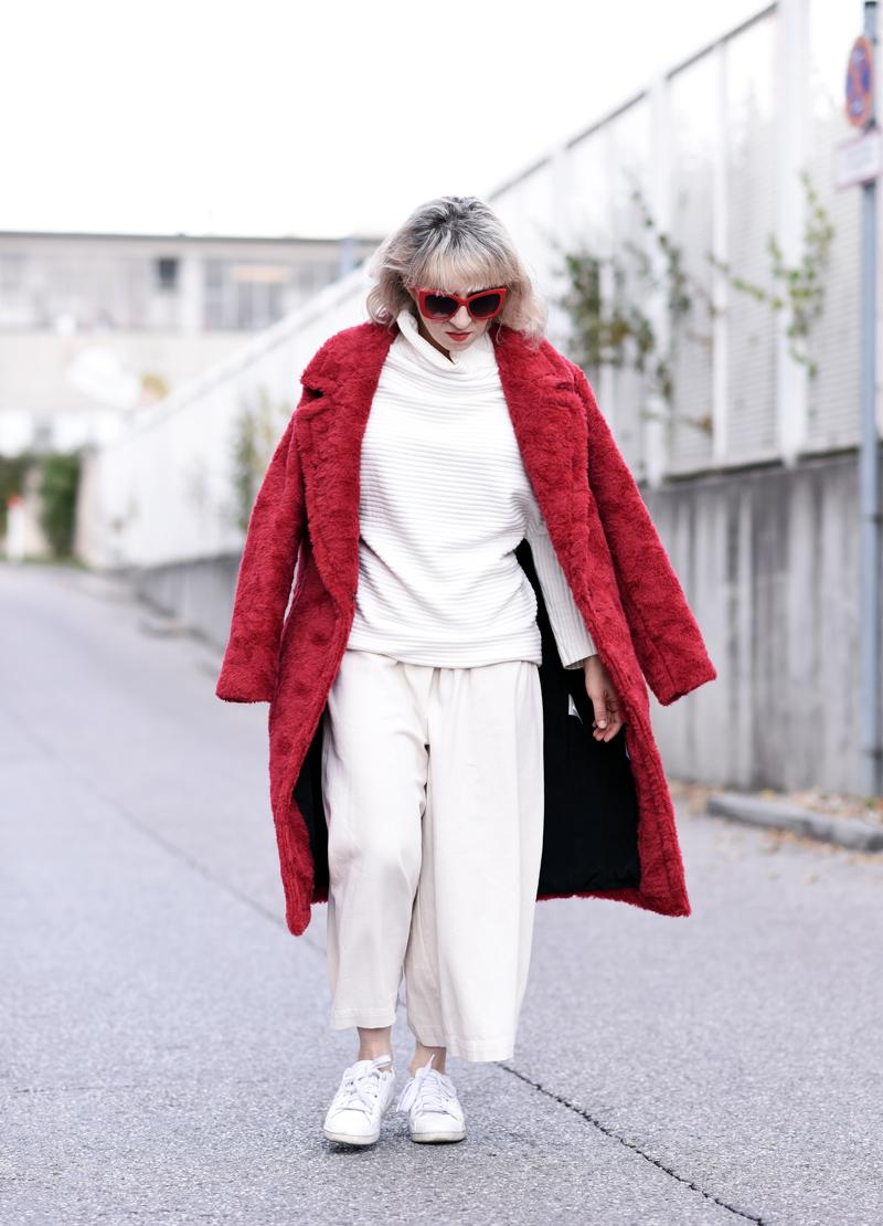 red-coat-wool-pelz-fall-herbst-outfit-fashionblogger-nachgesternistvormorgen-muenchen-rene-lezard-fur-33