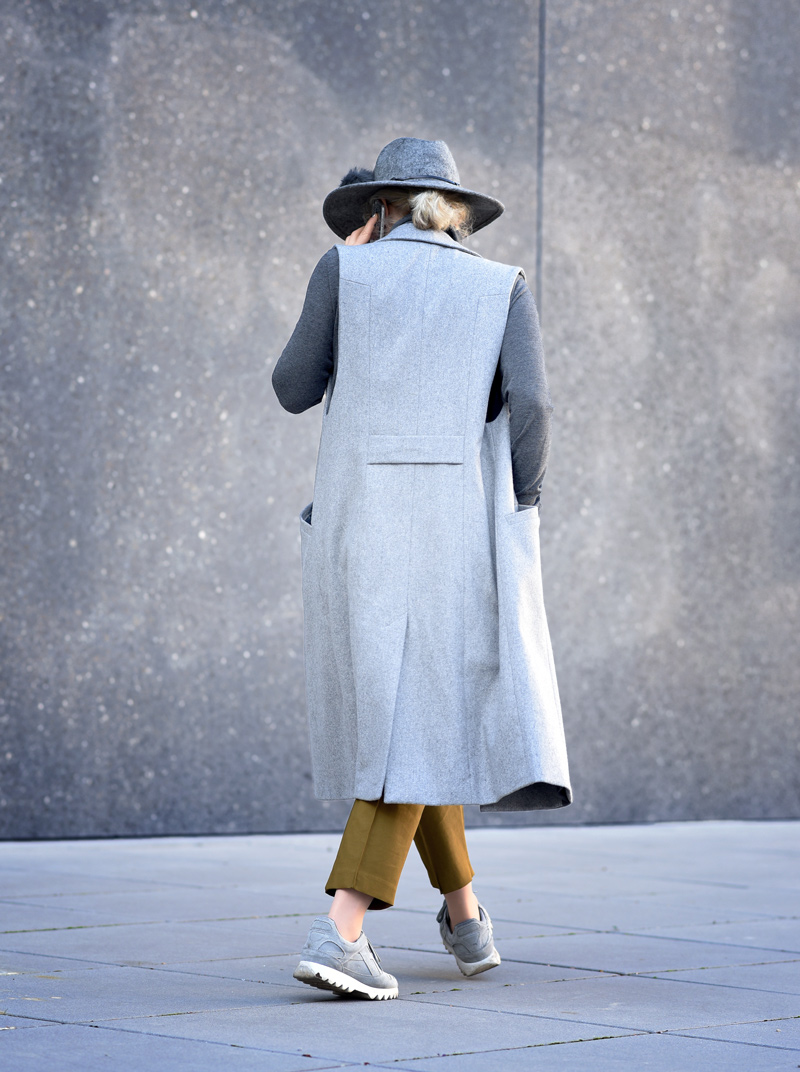 back-outfit-asos-business-buero-look-nachgesternistvormorgen-modeblog-muenchen-weste-grau-job-blogger-hut-mustard