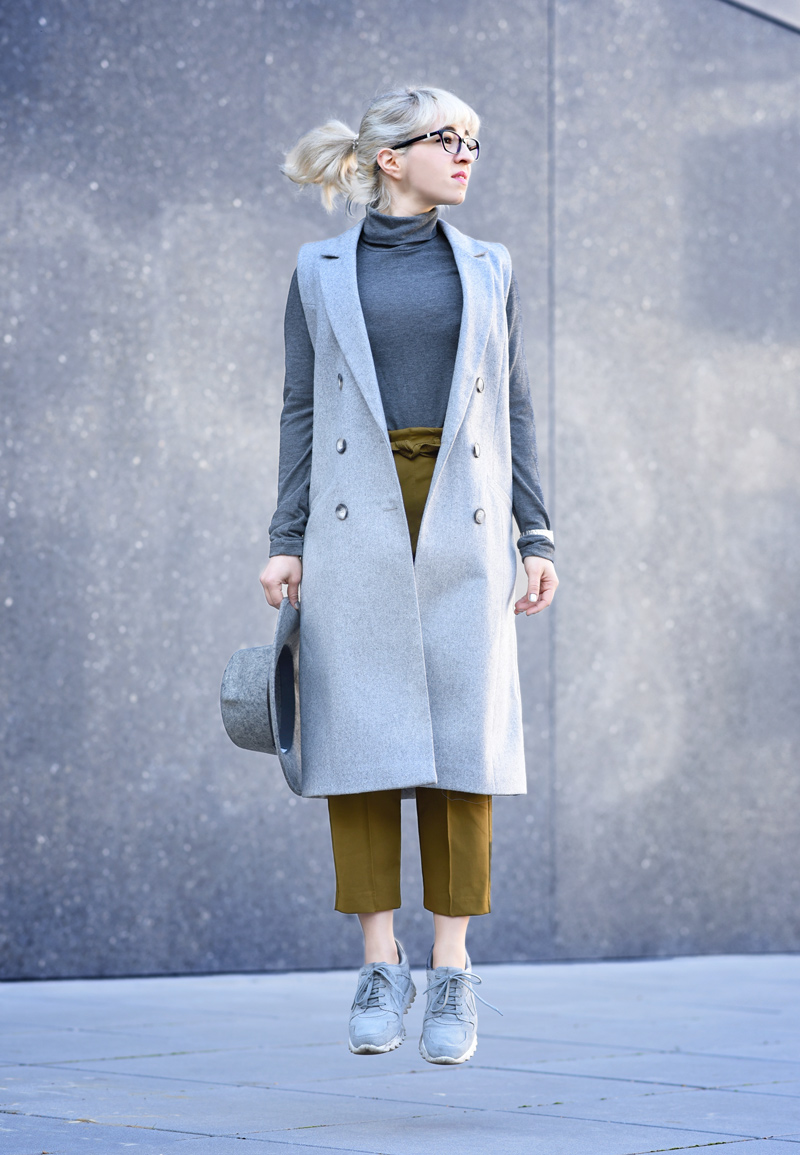 outfit-asos-business-buero-look-nachgesternistvormorgen-modeblog-muenchen-weste-grau-job-blogger-hut-mustard-1