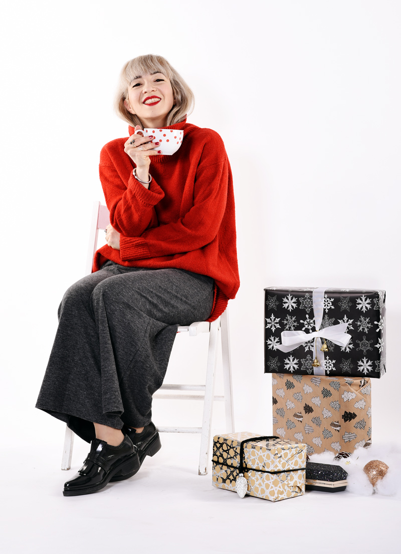 chair-nachgesternistvormorgen-blogger-fashion-modeblog-style-rot-red-christmas-shopping-outfit-look-weihnachten-party-festive-festlich-muenchen