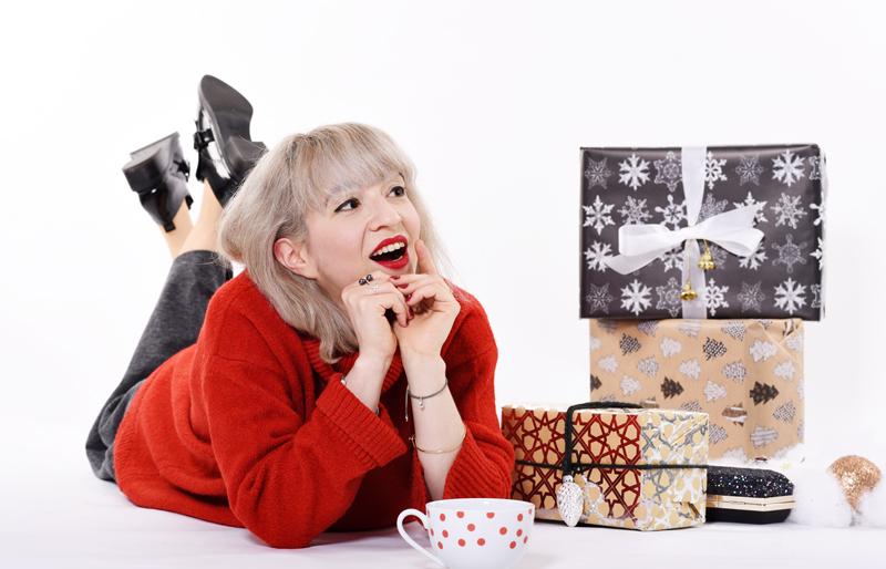weihnachten-outfit-blogger-red-rot-gift-geschenk-christmas