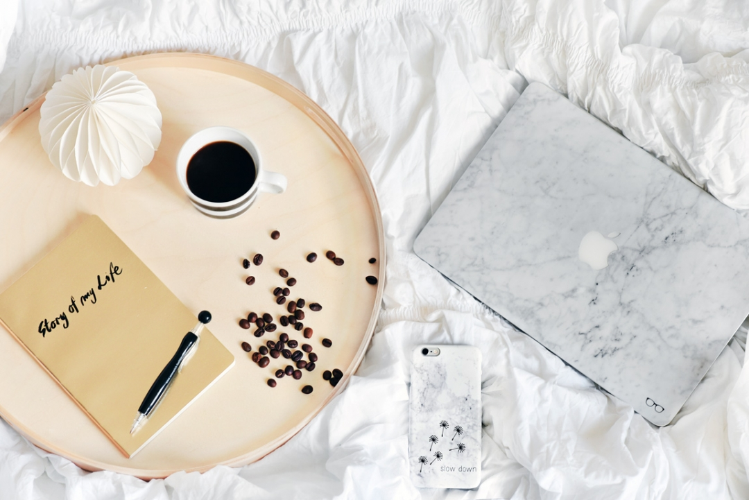 caseable-laptop-skin-marble-marmor-lifestyle-blogger-nachgesternistvormorgen