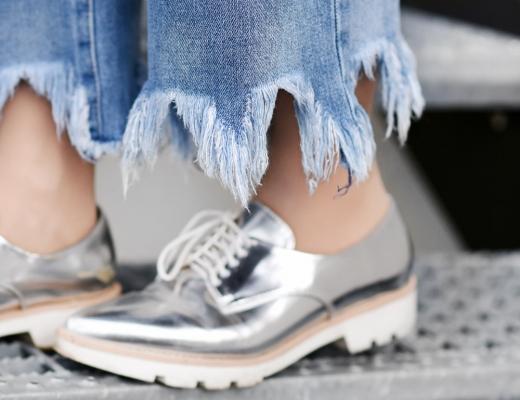 raw-edge-denim-nachgesternistvormorgen-cape-spring-fruehling-trend-inspiration-streetstyle-muenchen-modeblog-modeblogger-fashion-zara-detail