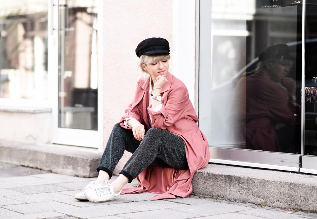 schuhe-sneakers-pink-rose-fruehling-trend-nachgesternistvormorgen-modeblog-muenchen-trenchcoat