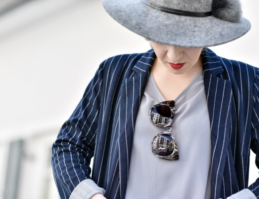 more-and-more-outfit-nadelstreifen-pinstripes-nachgesternistvormorgen-blogger-modeblog-muenchen-denim-blue-spring-fashion-ootd-hut