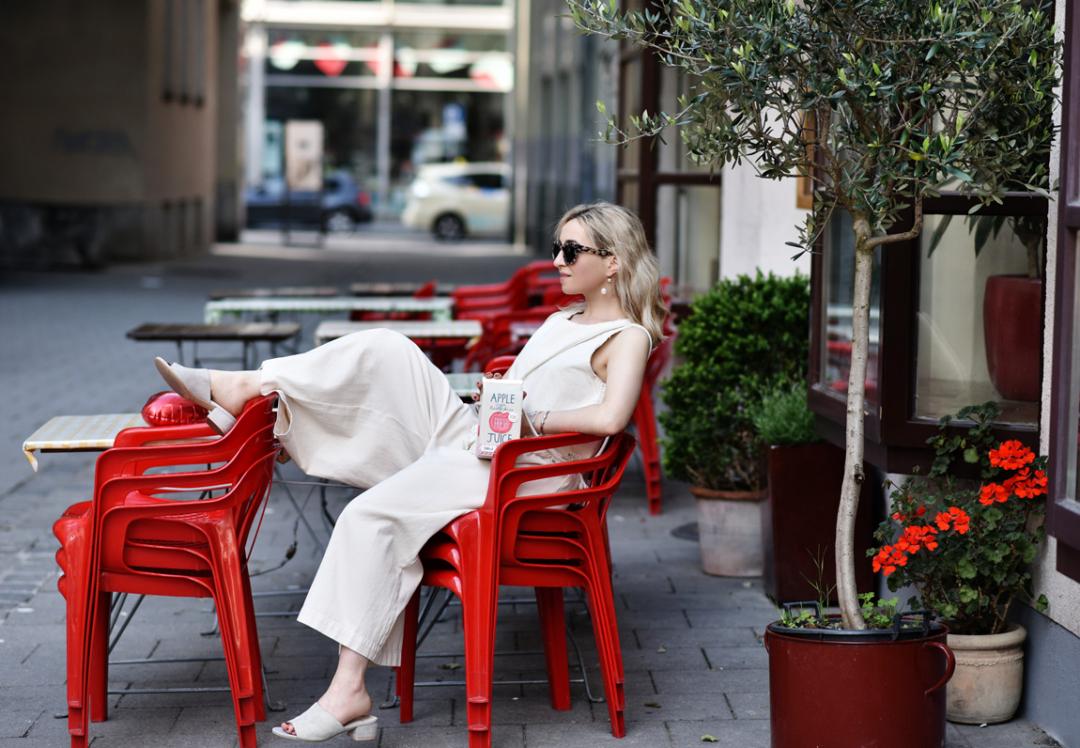 creme-culotte-fringes-fransen-trend-denim-jeans-outfit-fashionblog-modeblogger-muenchen-nachgesternistvormorgen-summer-sit