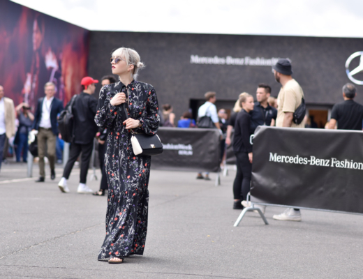 mbfwb-fashionweek-streetstyle-berlin-blogger-modeblog-nachgesternistvormorgen-maxikleid-floral-sommer-22