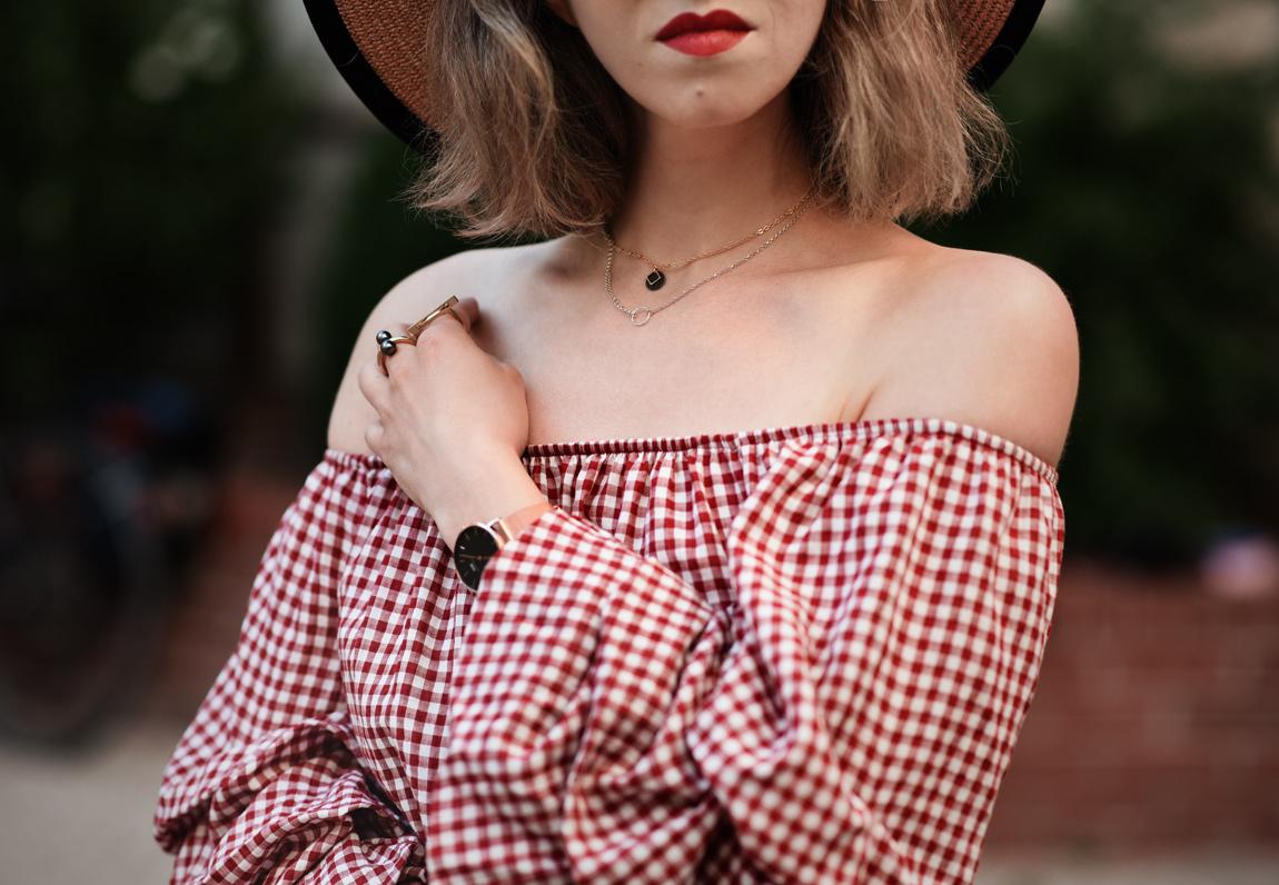 muenchen, modeblog, fashionblog, modeblogger, midi, kleid, zara, sale, kariert, karo, vichy, trend, moschino, toy, offshoulder